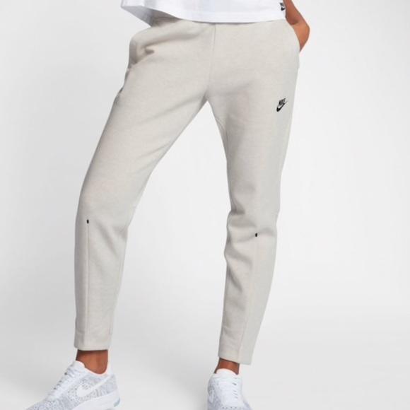 sale uk online store good 💵👇🏻🌧 NWT🌧 NIKE Tech Pack fleece pants